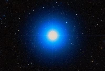 Звезда Спика или альфа Девы